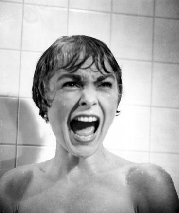 """פחד אופייני: ג'נט לי כ""""מריון קריין"""" ב""""פסיכו"""""""